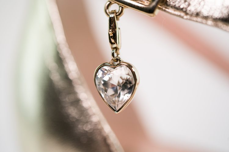 brautschuh individualisierbar charm emilia gold